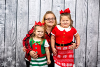Dugan Family Holiday Portraits_0017