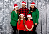 White Family Holiday Portraits_0014