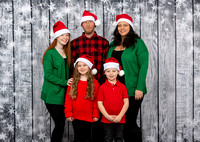 White Family Holiday Portraits_0016