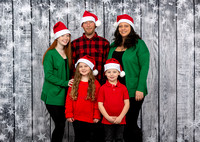White Family Holiday Portraits_0017