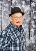Harold Holiday Portraits_0014