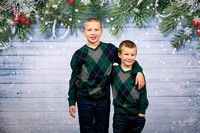 Pace Family Holiday Portraits_0009